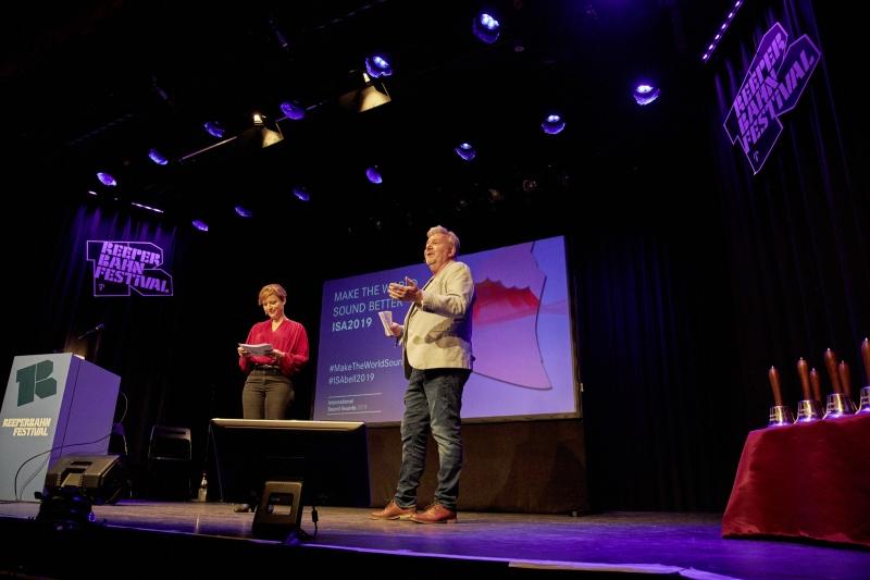 201909_ISA2019_Bilder_Award_Show_Moderators